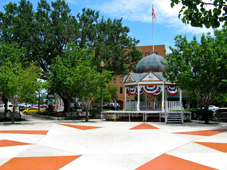 ocala_downtown_square